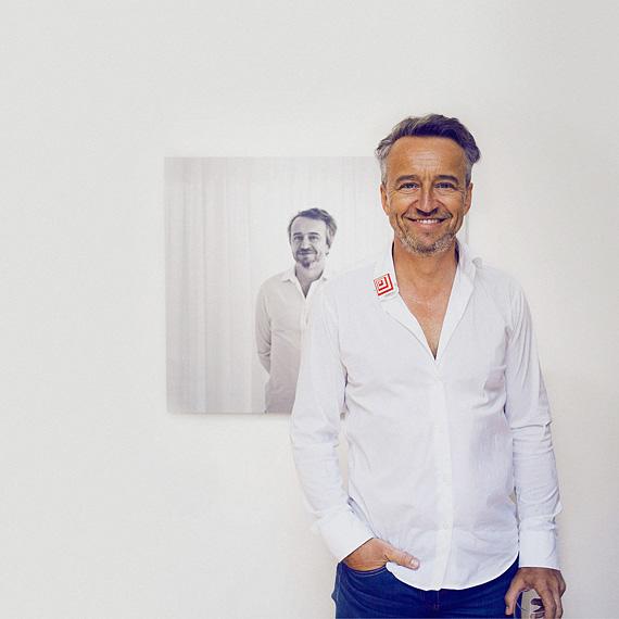 Petr Kvíčala: Nakřivce ornamentu