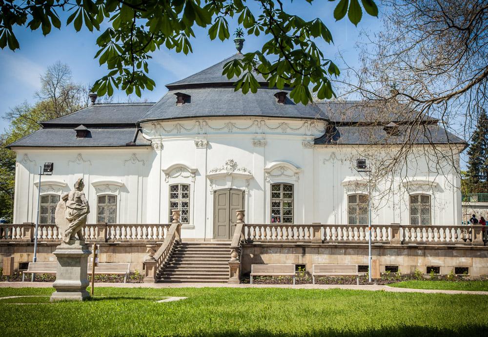 Letohrádek Mitrovských