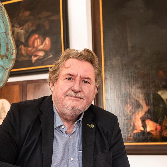 Ludvík Belcredi: Archeolog srodokmenem